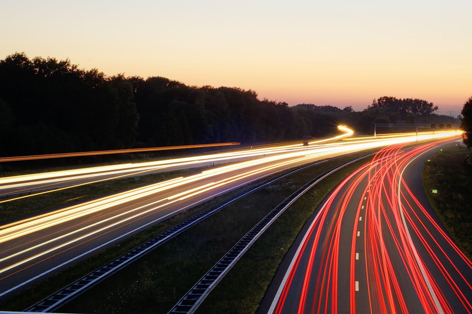 Картинки скорость на дороге